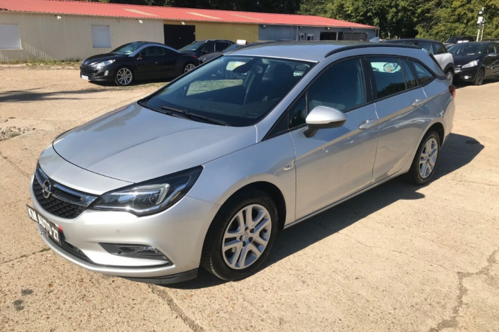 OPEL ASTRA SPORTS TOURER BUSINESS
